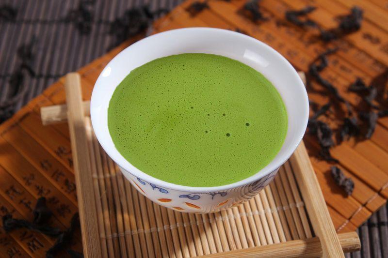 Tasse mit Matcha Tee