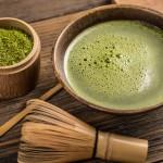 traditionelle Zubereitung von Matcha Tee